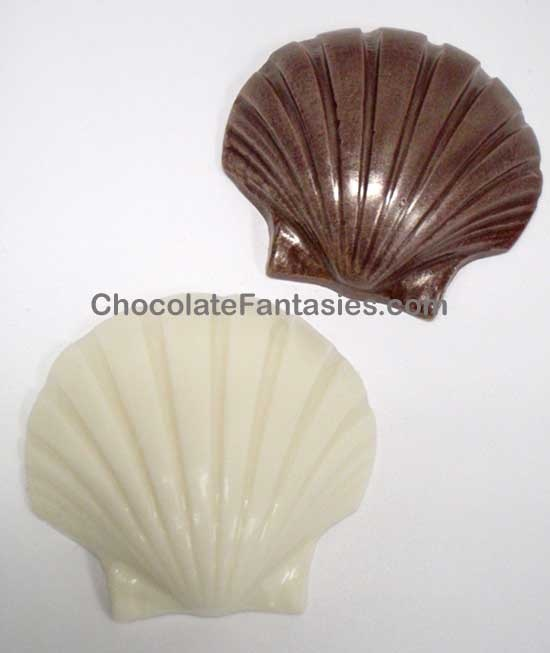 Chocolate Sea Shells, Chocolate Seashells, Chocolate Shells, Sea Shell Chocolates, Seashell Chocolates, Foil Wrapped Seashells, Candy Shells, Candy Seashells