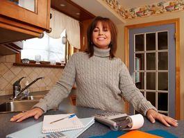 Kitchen remodel cost breakdown: 35 percent: cabinets 20 percent: labor 20 percent: appliances 10 percent windows 5 percent: fixtures 3 percent: fittings 7 percent: other