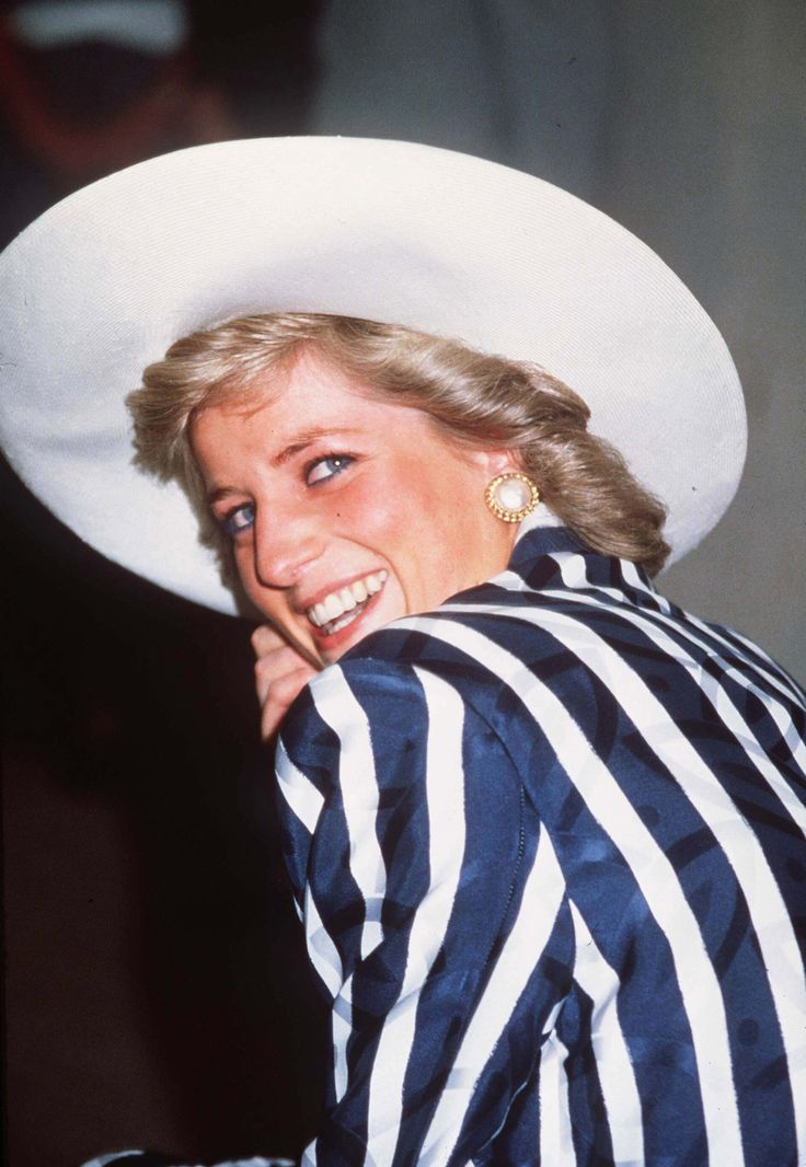 Diana cracked up while visiting the Footscray Park in a suburb of Melbourne in January 1988.