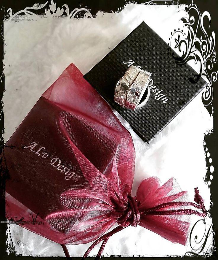 Än hinner du beställa din personliga julklapp och överraskning hos Alv Design  Sista beställningsdstum för att säkerställa leverans till jul: 16/12. Välkomna! www.alvdesign.se