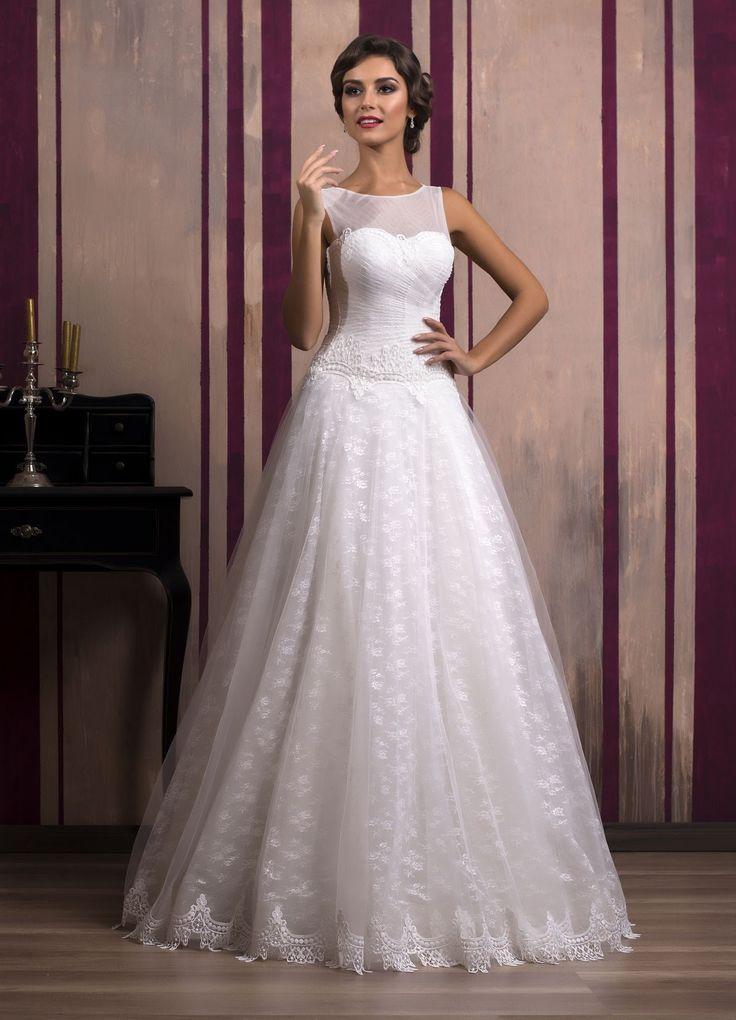 Svadobné šaty v štýle retro so širokou sukňou zdobenou čipkou