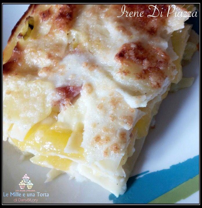 Condividi la ricetta...LASAGNE DI VERDURE AL FORNO RICETTA DI: IRENE DI PIAZZA Ingredienti: 250 g di lasagne all'uovo 1 carota 1 zucchina 1 porro 2 patate medie e 1 grande 250 g di zucca gialla…