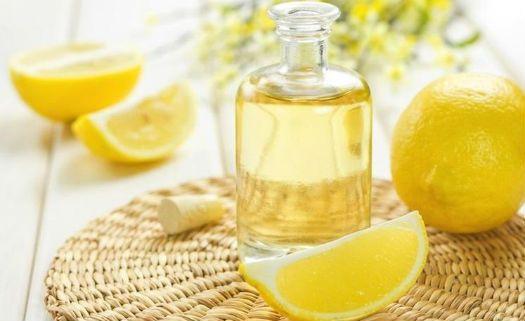 Aroma de óleo essencial de limão pode melhorar humor, segundo estudo