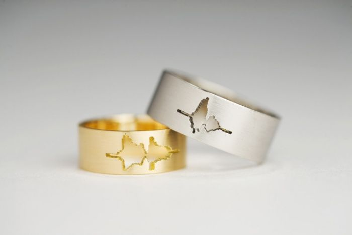 These Wedding Rings Say 'I Do' in Wavelengths
