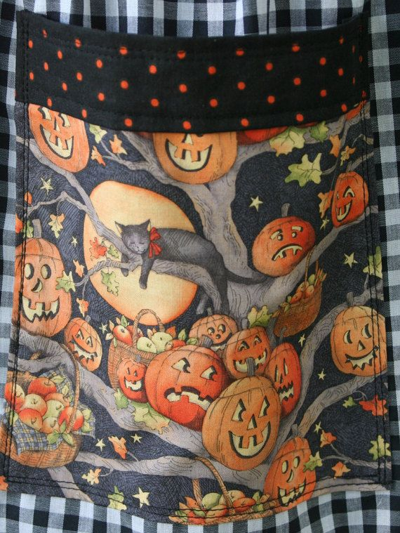 Halloween Apron/ Vintage 1950's Black by velvetgypsyemporium1