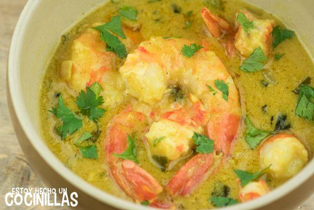 Cómo preparar langostinos al curry. Receta fácil paso a paso. Marisco con un toque indio. Una combinación deliciosa y sorprendente. Salsa curry sin nata.