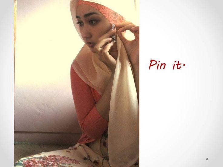 Cara Memakai Hijab Style ala Dian Pelangi