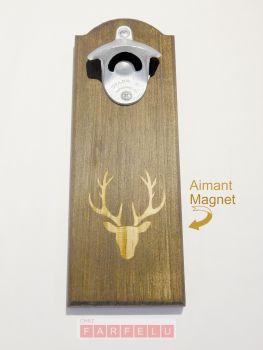 Ouvre bouteille magnétique en bois Chevreuil