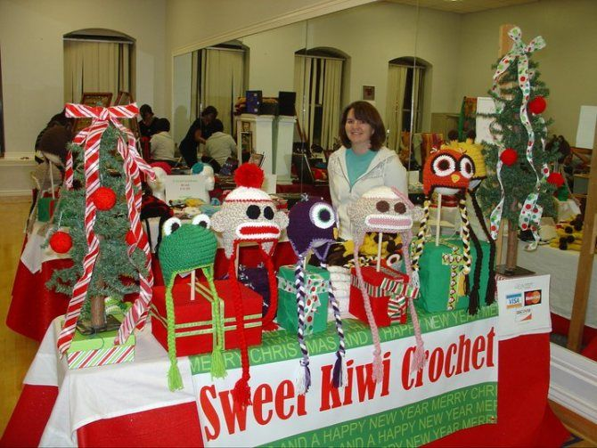 Christmas Craft Booth Ideas Part - 27: Selling At A Craft Show, Crochet Hat Ideas