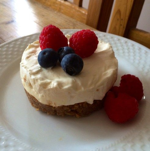 A Lovely Little Cheesecake | Kitchen / Bakery