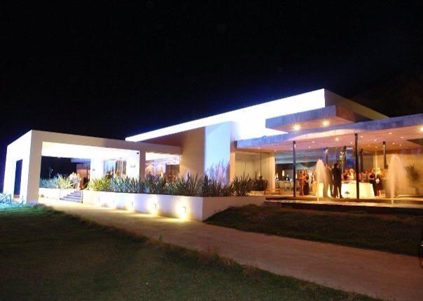 Monet salon de eventos club de campo colegio de - Salones de casa modernos ...