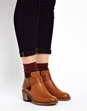 ASOS ACQUAINT Leather Chelsea Ankle Boots