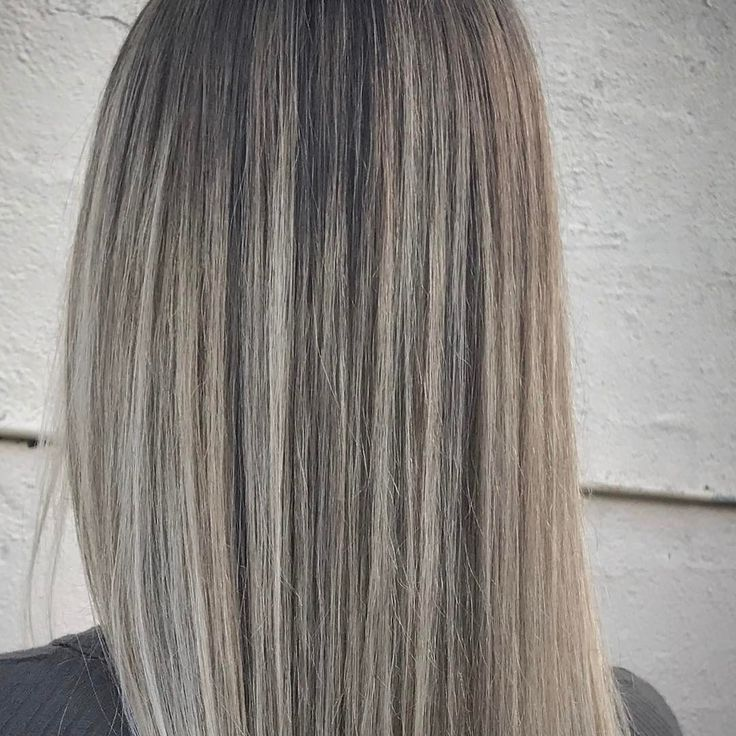 Best Highlights Balayage Ash Hair By Amandamajor Com Is A Agency Represented Celebrity Hair Stylist Working At The Pad Salon 561 562 552 Ash Hair Balayage Hair