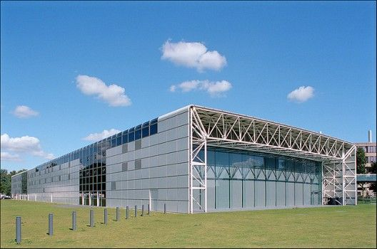 Norman Foster's Sainsbury Centre Listed (1)