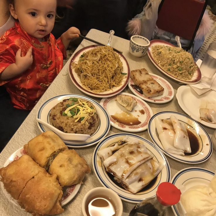 Chinatown NYC food tour w/Mike J. Chau Nyc food tour