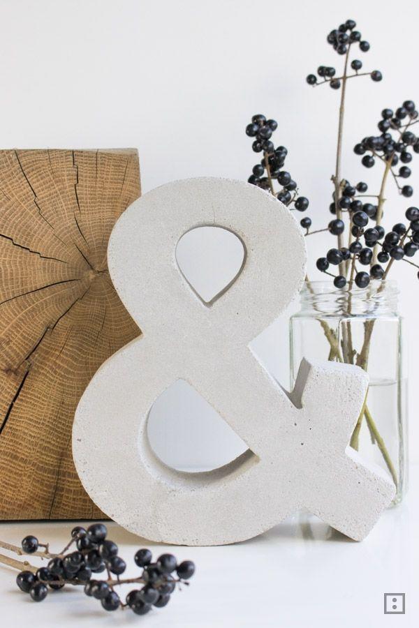 Eine Anleitung, wie man aus einem Pappbuchstaben das beliebte &-Zeichen (Ampersand/ Et-Zeichen) in Beton fertigt. Einfach. Schnell.