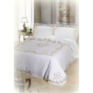 Completo matrimoniale in puro lino con ricami preziosi. http://www.lineahouse.it/product.php?id_product=133
