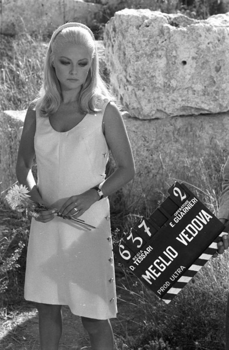"Virna Lisi sul set - ""Meglio vedova"", 1968"