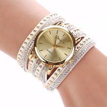 25017c55d7f 8 Cores Nova Chegada de luxo da marca Casuais Relógios das Mulheres de Couro  PU Coreano Rebite De Cristal Pulseira de Relógio Meninas senho…