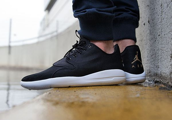 nike air jordan eclipse winter black gold holiday
