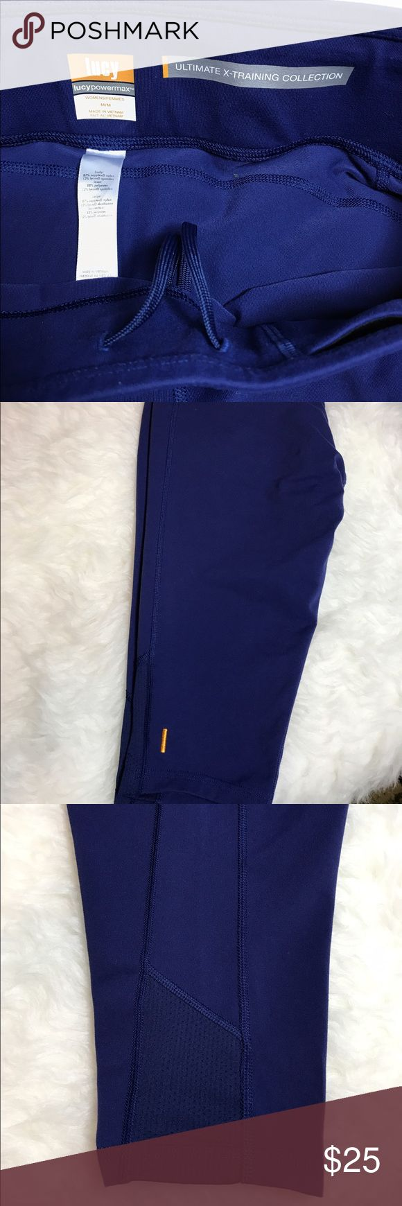 Price Drop!! Lucy power max training/yoga capris EUC. Zero flaws. Size medium(8-10). Navy, ultimate x training Collection. Very sought after, no longer made. lucy power max Pants Capris
