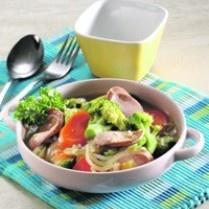 CAH BROKOLI SOSIS KEJU http://www.sajiansedap.com/mobile/detail/12209/cah-brokoli-sosis-keju