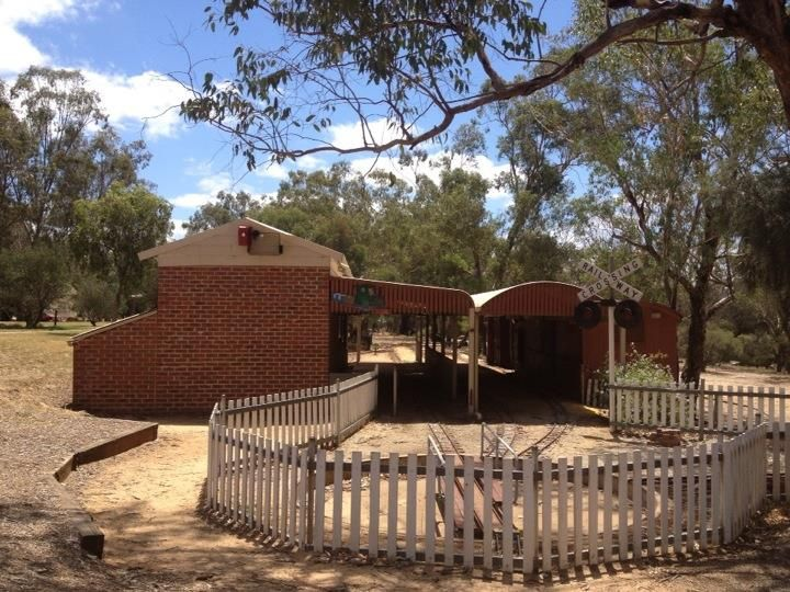 Toodyay Miniature Railway, Avon Valley - Blog - No.1 FREE online guide for WA families  http://www.buggybuddys.com.au/magazine/read/toodyay-avon-valley_448.html