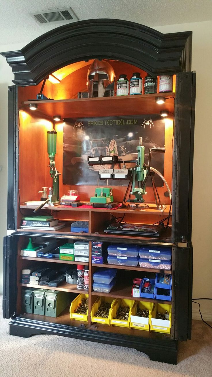 My Armoire reloading station