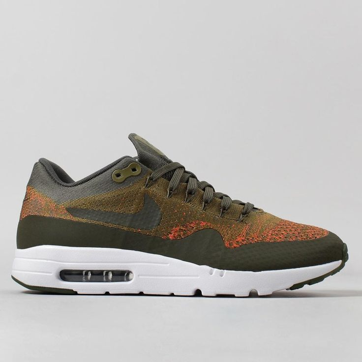 Nike shoes in stock including Nike Air Max Huaraches, Nike Sock Darts and  Prestos with Flyknit styles at Urban Industry, UK. New Nike shoes arriving  weekly