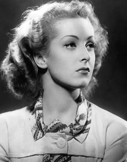 Danielle Darrieux (French actress)