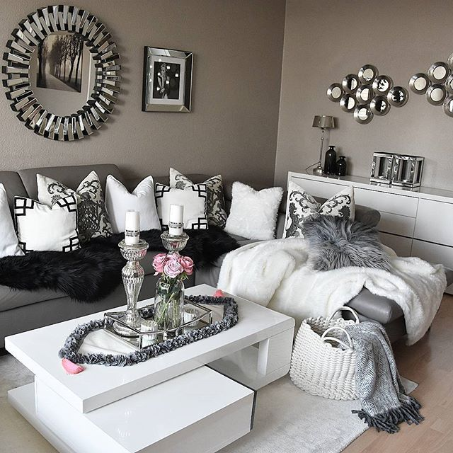 best 25 silver living room ideas on pinterest living room ideas silver grey living room. Black Bedroom Furniture Sets. Home Design Ideas