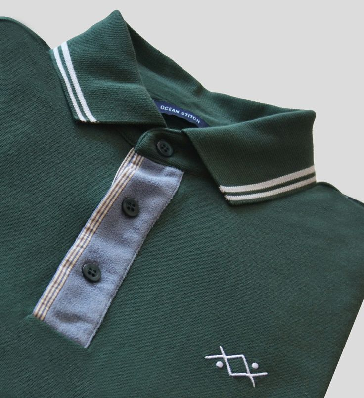 This polo can be match with a pair of jeans or elegant trousers. More details in: http://www.oceanstitch.pt/en/Products-Men/Supertubos-Polo