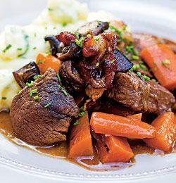 Kjøttgryte med hjemmelaget potetmos