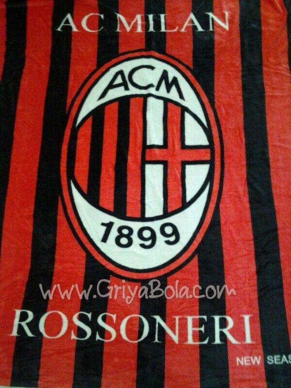#Selimut #Bola #Milan new season. Sms/WA/LINE/Wechat 081 392 716 388. Ukuran 150x200cm, harga 175 ribu. Selimut bola Milan bahan bulu tebal lembut tidak rontok.