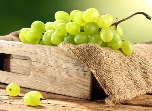 Как сохранить свежий виноград до Нового года