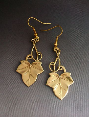 """Ivy earrings 2"" - These, in silver! SOoo pretty!"