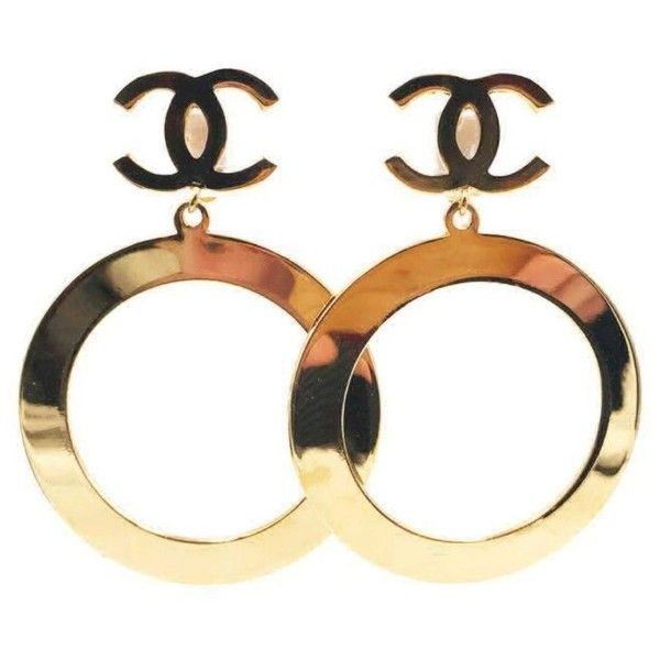 Pre-owned Chanel Vintage Gold Tone Metal CC Hoop Large Clip-on... ($999) ❤ liked on Polyvore featuring jewelry, earrings, chanel, 80s clip on earrings, 1980s earrings, hoop earrings and clip hoop earrings