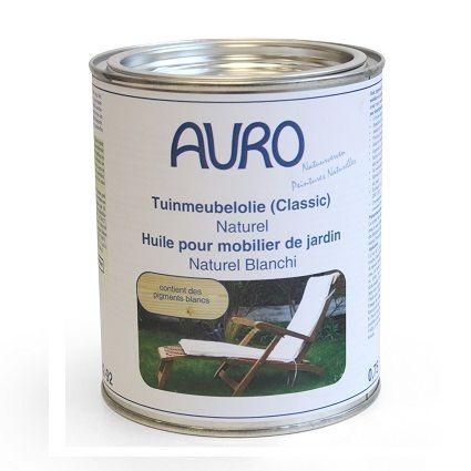 Tuinmeubel-olie, type natuurwit. Voedt het hout, zodat het soepel blijft en conserveert. Ideaal voor oude tuinmeubels. Te gebruiken na behandeling met tuinmeubelreiniger.