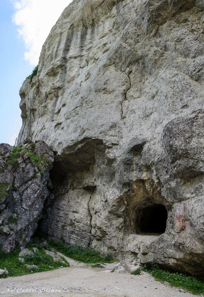 Bear's Cave. Grota Ursului