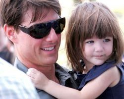 Katie Holmes takes cue from Elin Nordegren having nanny take Suri to Tom Cruise  Katie Holmes seems to be following Elin Nordegren's example in dealing with child custody issues and Suri's visitation arrangements with her dad, Tom Cruise.    http://www.examiner.com/article/katie-holmes-takes-cue-from-elin-nordegren-having-nanny-take-suri-to-tom-cruise  Pictures of Tom Cruise with His Daughter Suri  http://www.examiner.com/slideshow/tom-cruise-with-his-daughter-suri-slideshow