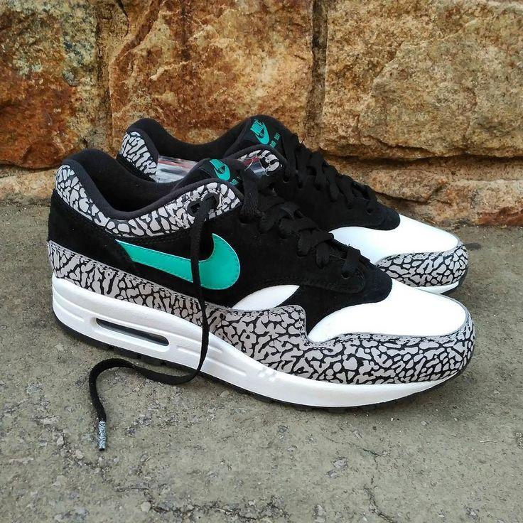 Pack Atmos Nike Air Max 1  Air Jordan 3 Size Man 85US - Precio: 850 (Spain Envíos Gratis a Partir de 99) http://ift.tt/1iZuQ2v  #loversneakers #sneakerheads #sneakers  #kicks #zapatillas #kicksonfire #kickstagram #sneakerfreaker #nicekicks #thesneakersbox  #snkrfrkr #sneakercollector #shoeporn #igsneskercommunity #sneakernews #solecollector #wdywt #womft #sneakeraddict #kotd #smyfh #hypebeast #airjordan #jordan  #jordanbrand #nike #nikeairmax