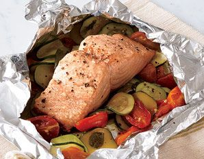 Super Simple Salmon & Veggie packet recipe - plus 4 veggie combinations options