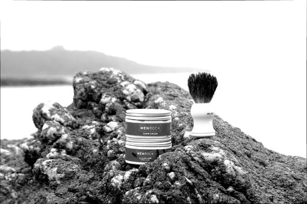 We have had the chance to test-drive the latest products from @menrock.  Read our review here  http://gentlemenofcornwall.com/gr…/shaving/men-rock-shaving/  #mensgrooming #malegrooming #grooming #shave