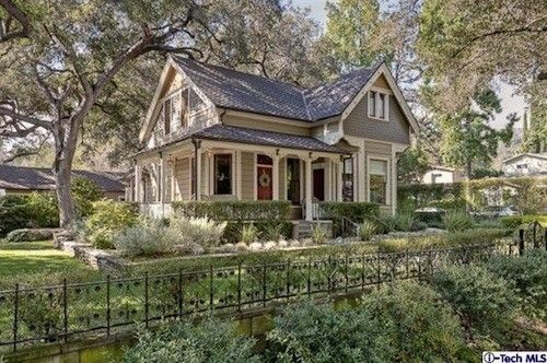 1888 Queen Anne Cottage in Pasadena - New to Market - Curbed LA