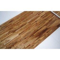 Parkiet Przemysłowy Teak to drewno idealne na wykończenie podłogi np. w łazience gdzie podłoga narażona jest na wilgoć.