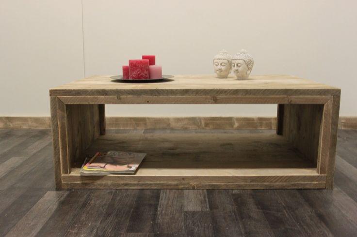"""Strakke steigerhouten salontafel """"Aspen"""" is geschikt voor ieder interieur en ideaal te combineren met een TV-meubel of een eettafel voor een eenduidige style."""