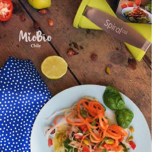 Prepara ricas ensaladas y zoodles con Spiralcat, 4 cortes para que puedas crear lo que quieras !