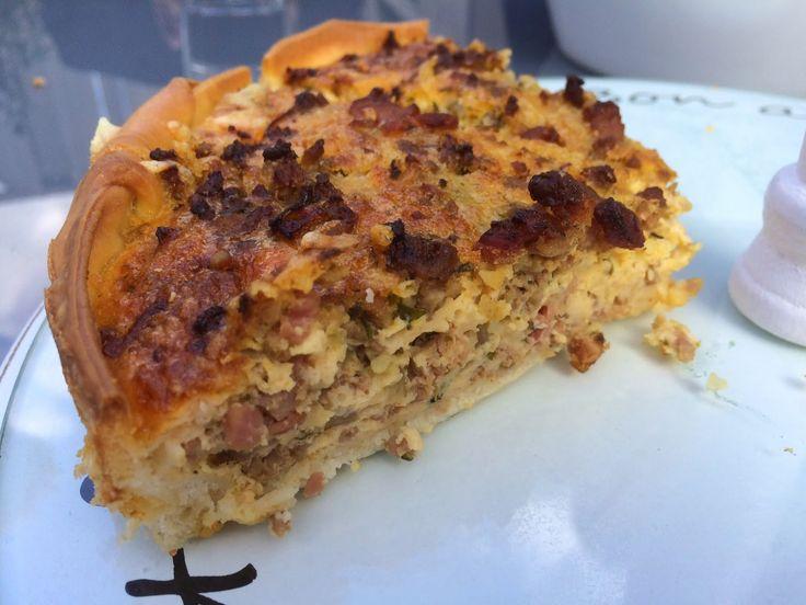 Hartige taart - quiche- met gehakt, ui, spekjes en meer. Koud en warm lekker