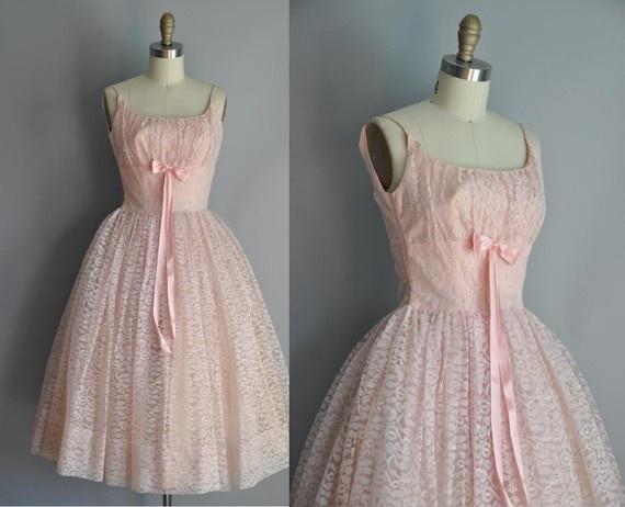 Vintage wedding dress: Cocktails Dresses, Bride Maids, Romantic Wedding, Pink Dresses, Vintage Weddings, Vintage Pink, Vintage Dresses, Wedding Photo, Vintage Wedding Dresses