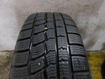 ID499 Prodám 2x zimní pneu 185/60/15 84T